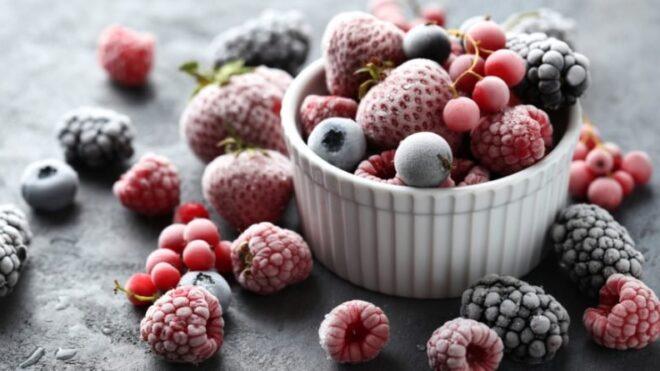 Условия хранения замороженных ягод в морозильных камерах